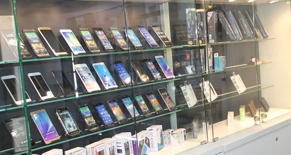 mobile phones on shelf